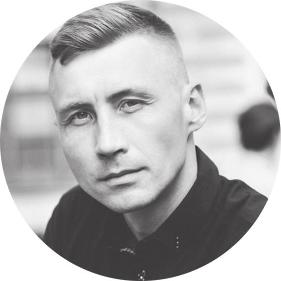 Юрій Маслак - Фотограф-викладачПрофесійний фотограф. Викладач курсу