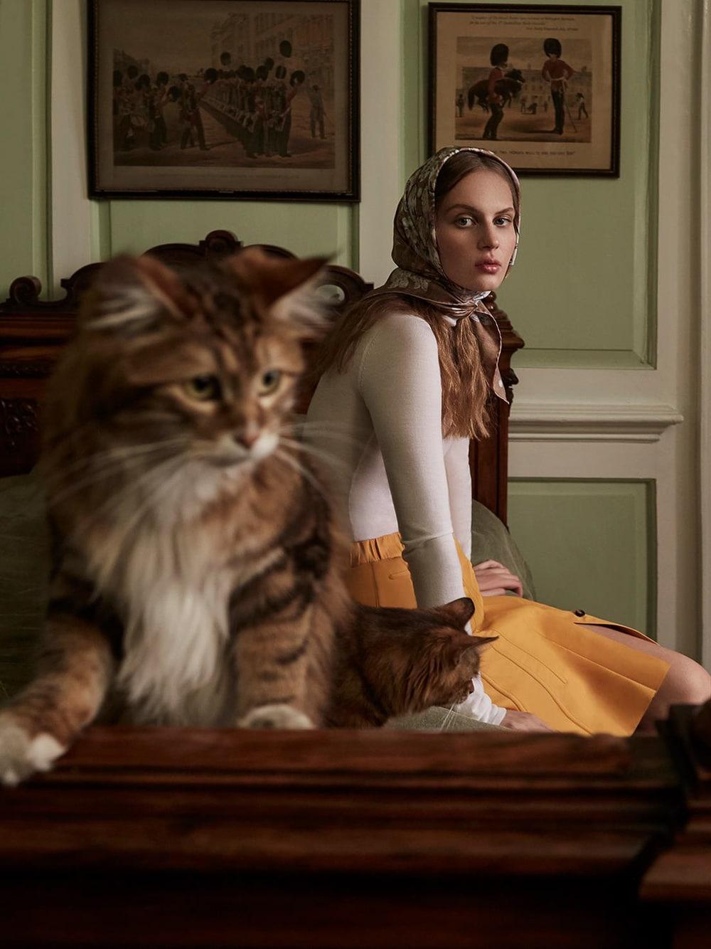 Harpers-Bazaar-UK-Septamber-2018-Florence-Kosky-Agata-Pospieszynska-7.jpg