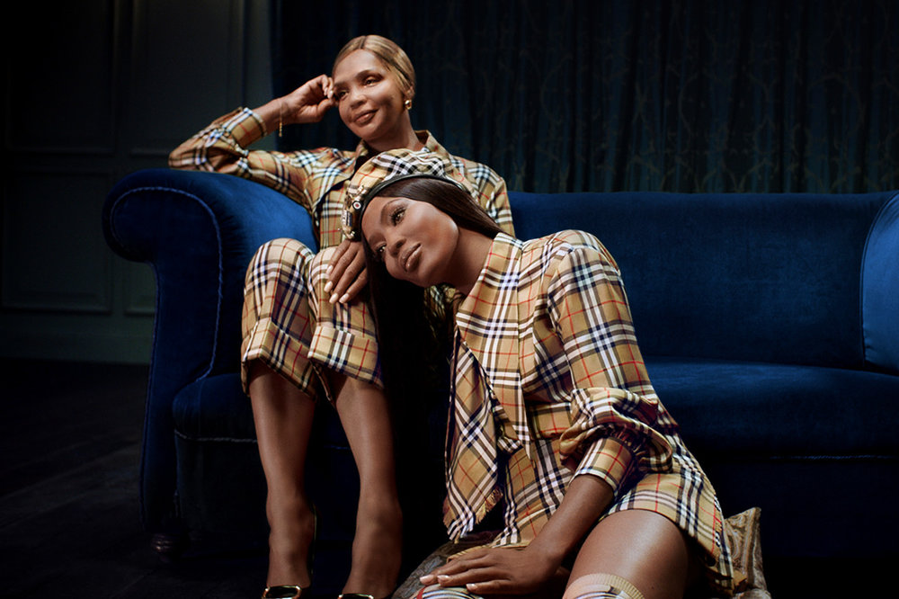 https_%2F%2Fhypebeast.com%2Fwp-content%2Fblogs.dir%2F6%2Ffiles%2F2018%2F11%2Fburberry-holiday-2018-campaign-film-naomi-campbell-m-i-a-5.jpg