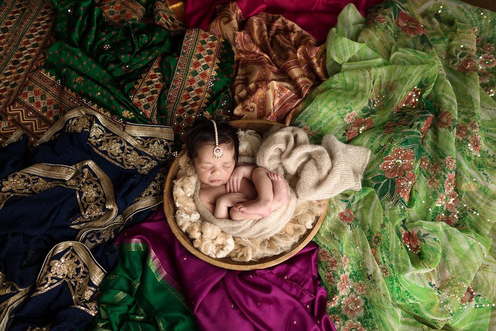 Editing_Newborn_Skin_SugaShoc_Photography_Newborn_Photographer_Bucks_County_PA_Doylestown_PA-1-6.jpg