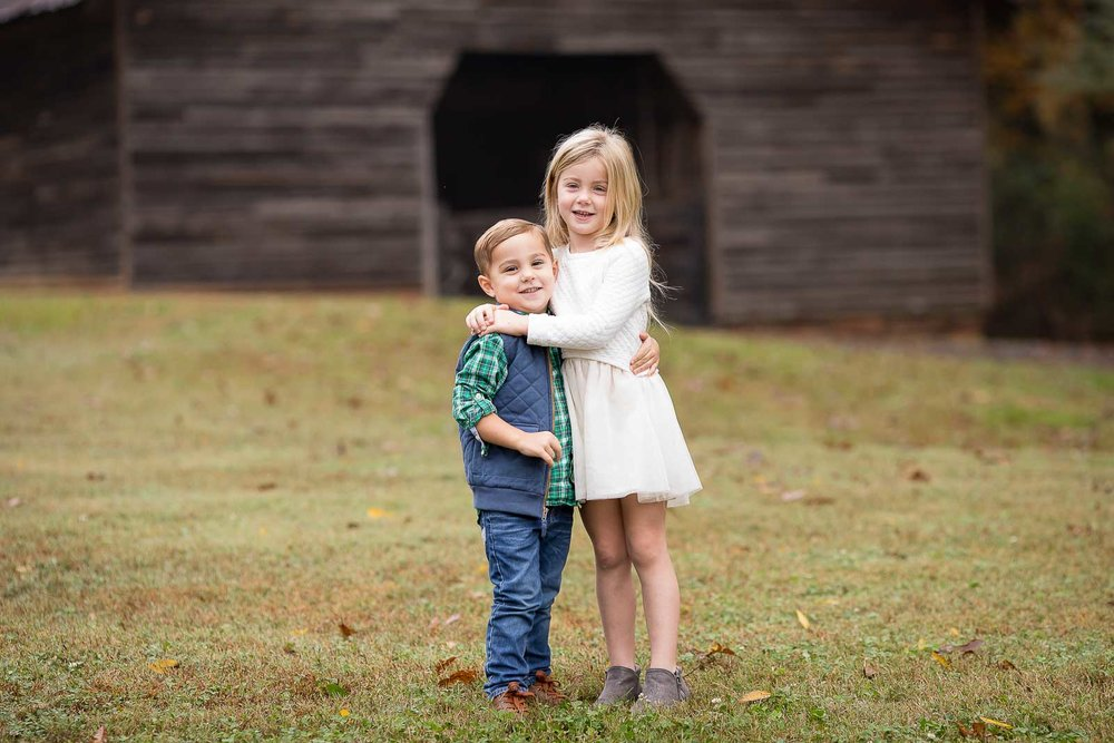 mini-session-poses-for-families-marcie-reif-3.jpg