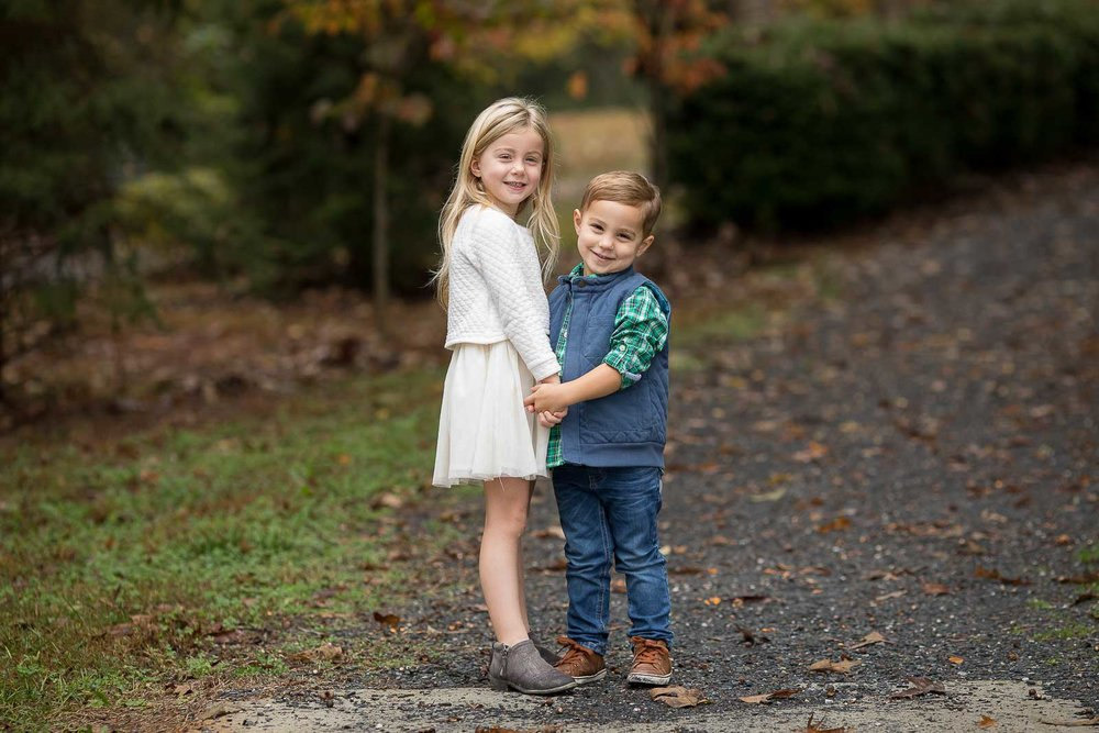 mini-session-poses-for-families-marcie-reif-17.jpg