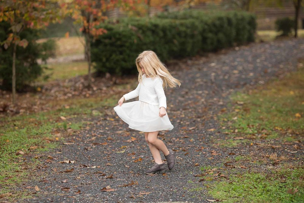mini-session-poses-for-families-marcie-reif-10.jpg