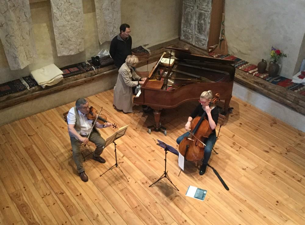 Serge Garcia, violon  Geneviève Ibanez, piano  Maude Ferey, violoncelle