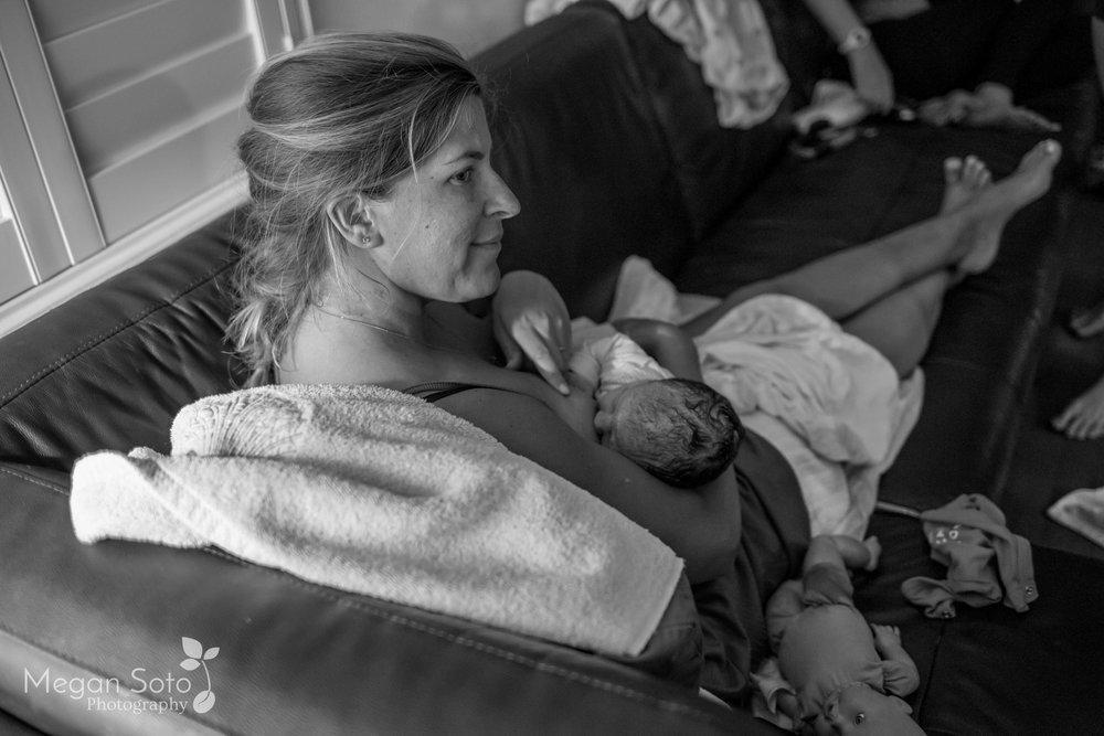jacksonvillebirthphotographerstaugustinehomebirth-25.jpg