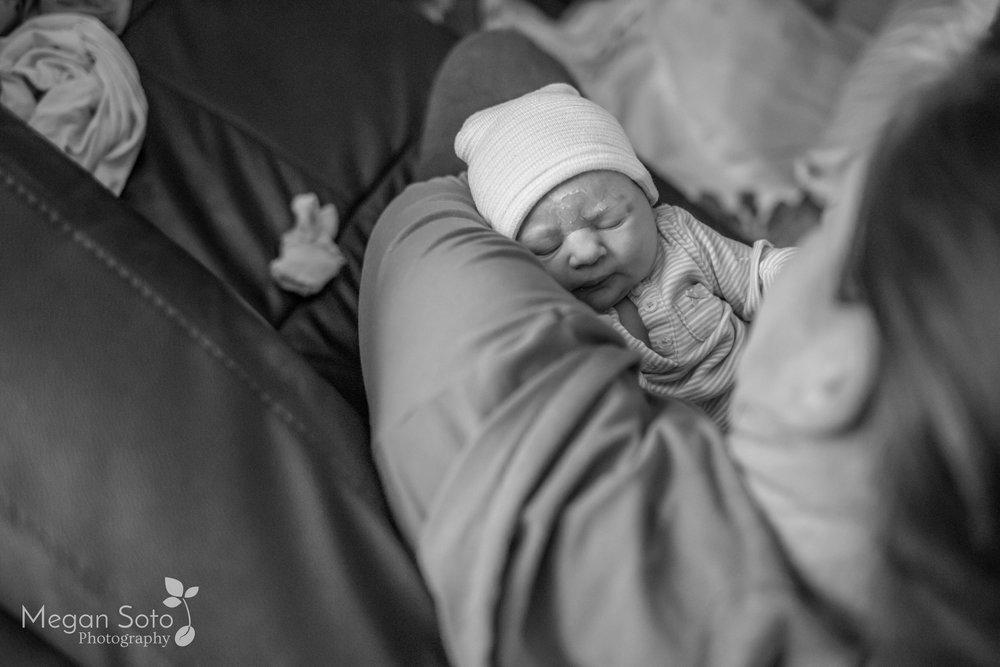 jacksonvillebirthphotographerstaugustinehomebirth-26.jpg