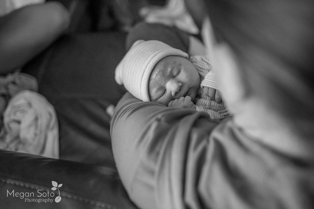jacksonvillebirthphotographerstaugustinehomebirth-27.jpg