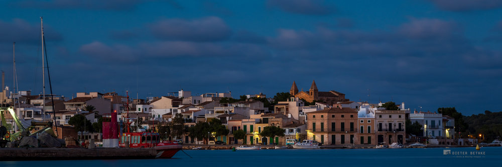 Portocolom Skyline at night