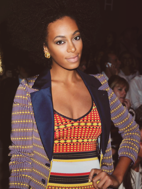 Solange Knowles   Shop at etsy.com/shop/dualcitizenshop