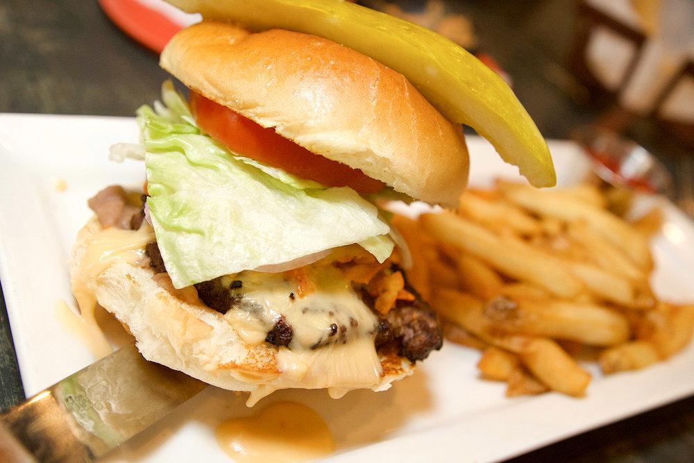 Special+Burger+1500.jpg