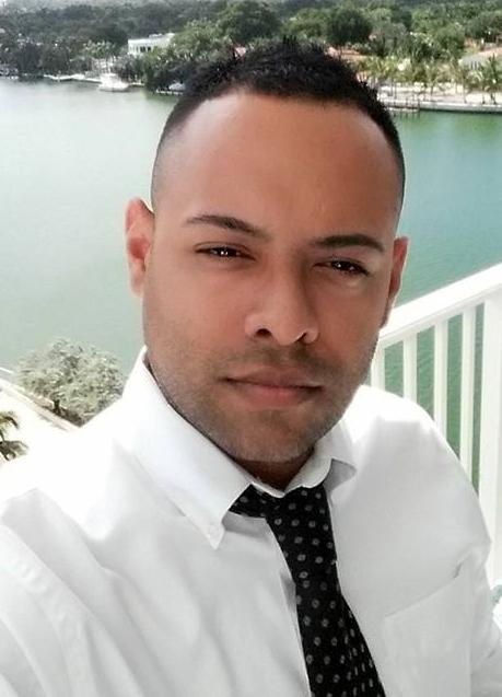 Roberto Figueroa |Location & Props Coordinator