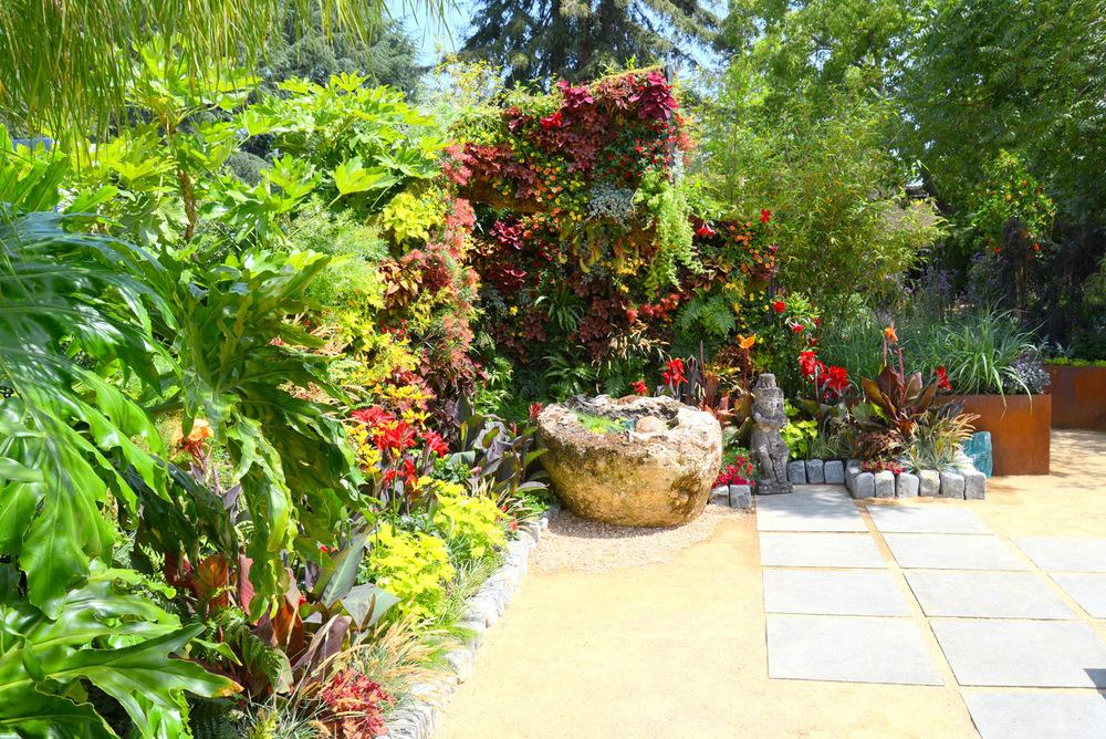 Living Architecture, Living Green Design, Davis Dalbok, Brandon Pruett, Chris Bribach, Florafelt System1.jpg