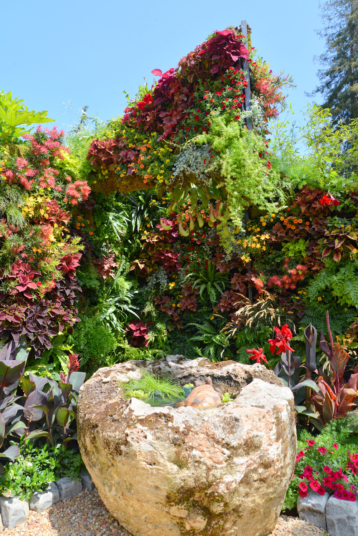 Living Architecture Vertical Garden