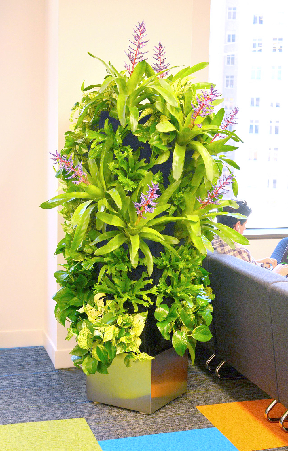 Florafelt Recirc-32 Plant Tower Vertical Garden Unit