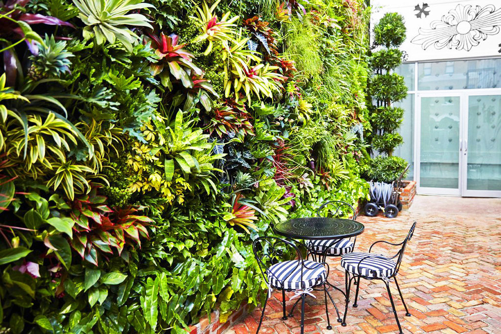 miami style vertical garden florafelt vertical garden. Black Bedroom Furniture Sets. Home Design Ideas