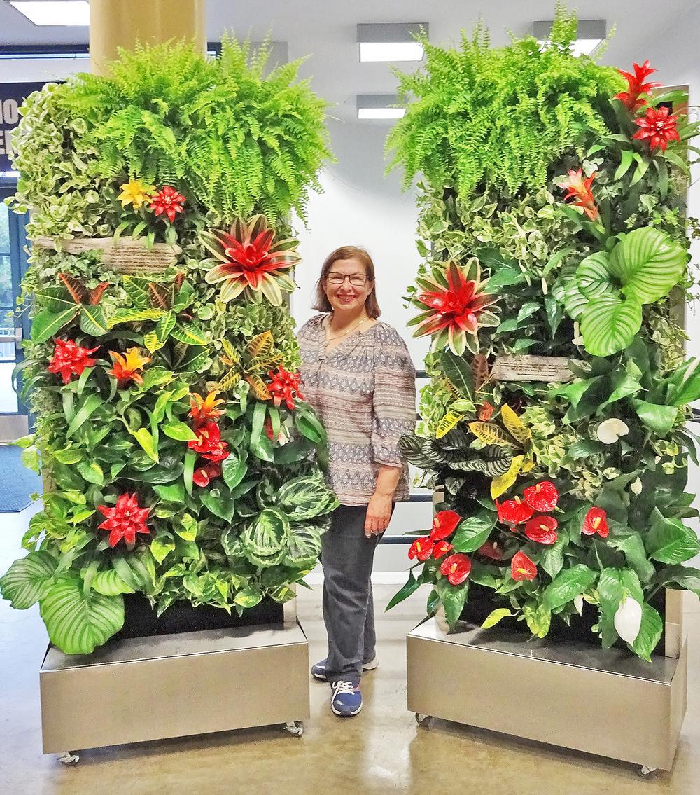 Anita-Bohrnerud-Green-Roof-Specialists-University-of-Irvine-Florafelt-Recirc-Vertical-Garden-System-2-sm.jpg