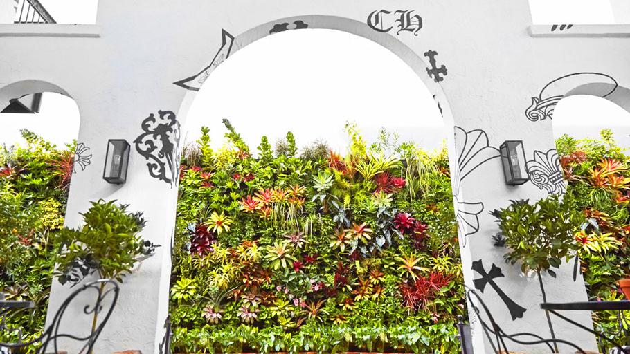 Jeff   Allis,  Tru   Vine Design.   Chrome   Hearts   Miami. Florafelt Vertical Garden Planters.