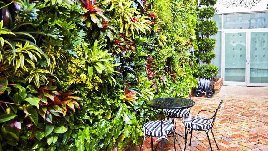 Jeff   Allis,  Tru   Vine Design.  Chrome   Hearts   Miami.    Florafelt   Vertical   Garden   P  lanters.