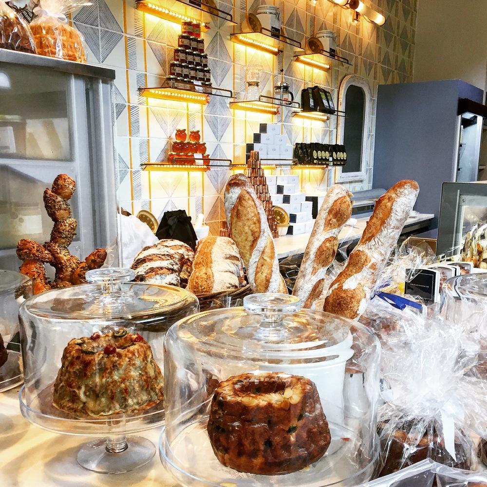 Macaron Bakery - yomarianablog