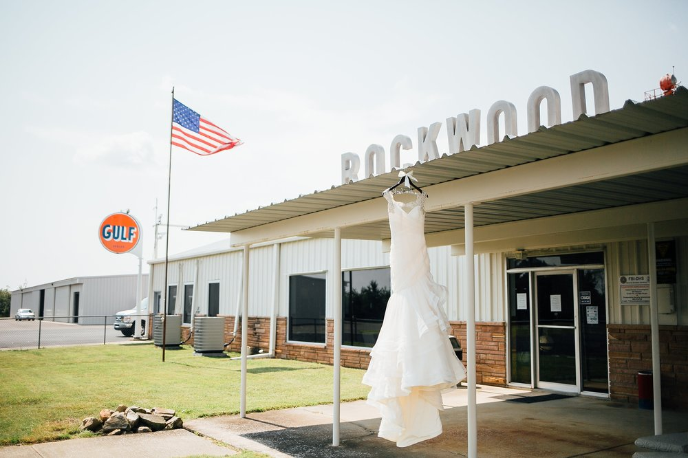 Knoxville Wedding Photographer_0001.jpg