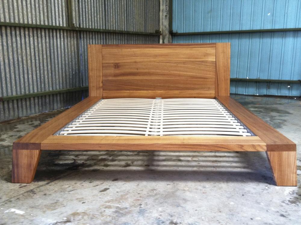 Elm Platform Bed