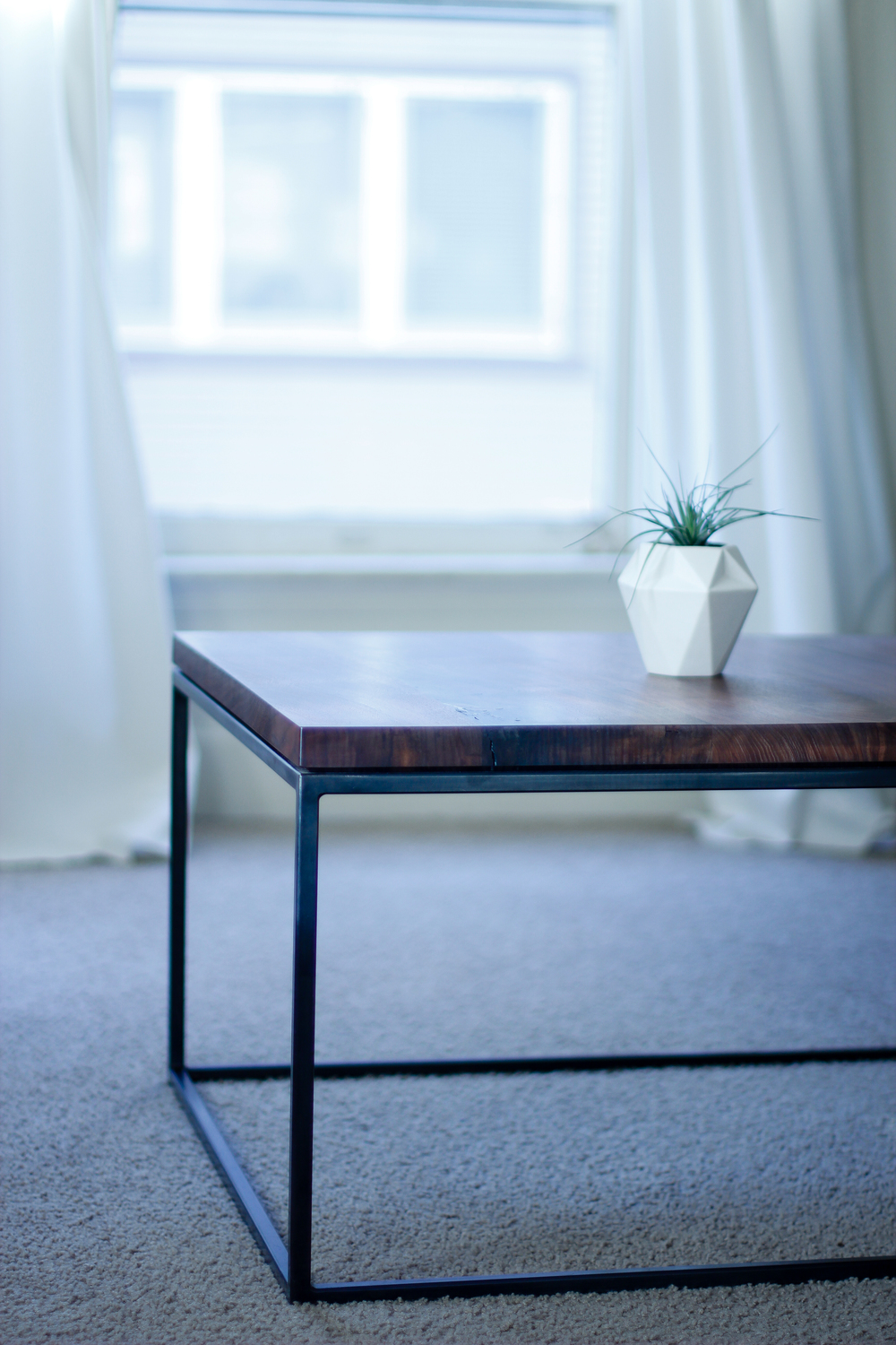 steventiller_coffee table