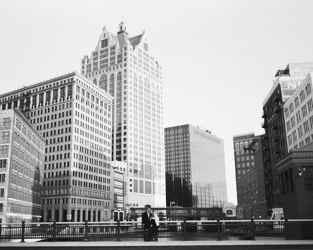 Milwaukee_Downtown_Engagement_0019.jpg