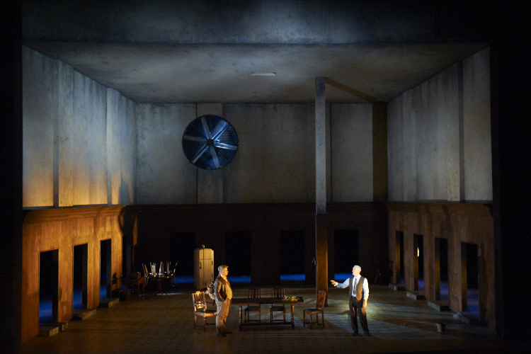 death of a salesman on stage