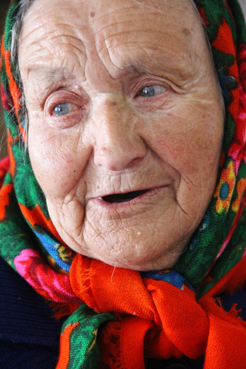 Un'anziana di Staryje Doroghi