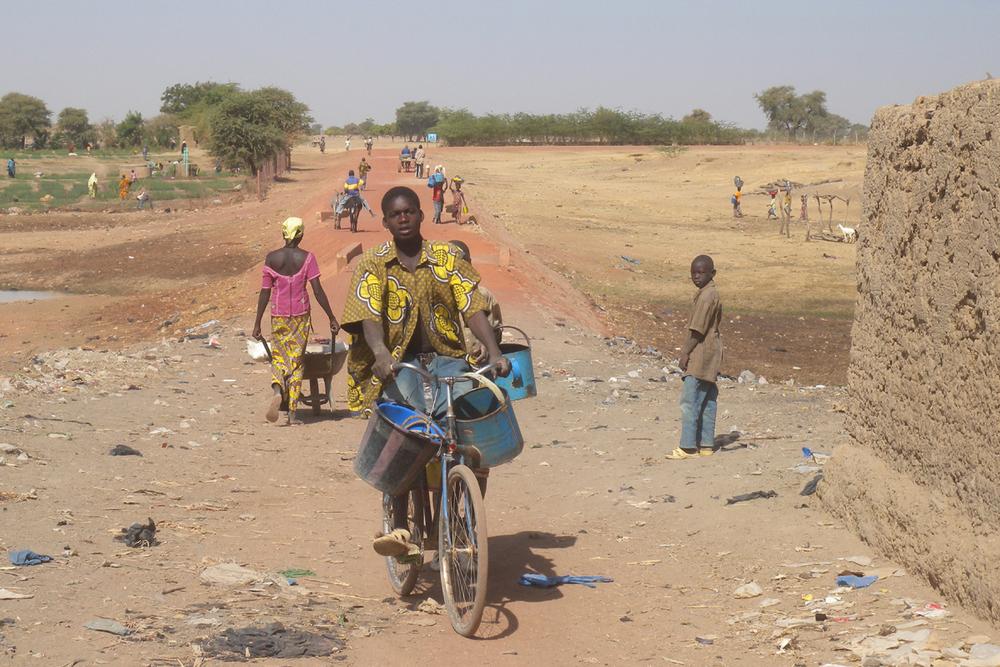 Djennè, la strada per i villaggi
