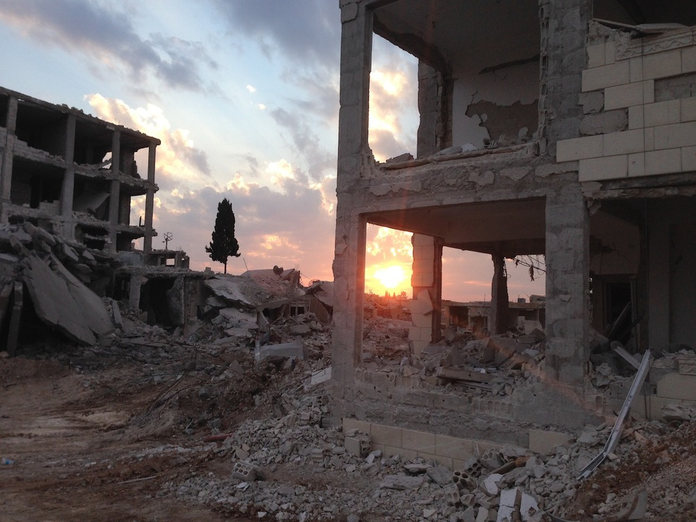 "Kobane. Foto di Ivan   ""  Grozny""Compasso"