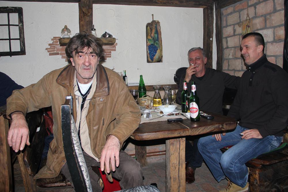 Nel bar di Tuzla.