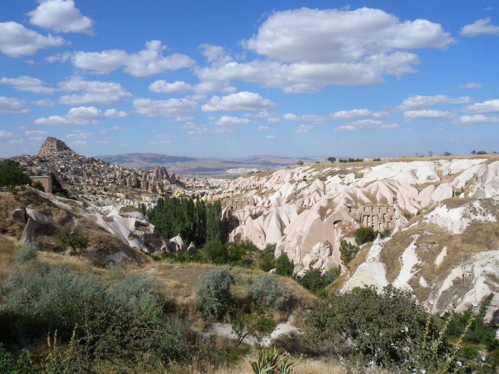 Cappadocia, in Turchia. ll paese ha le istituzioni laiche, ma si dimostra sempre più intollerante