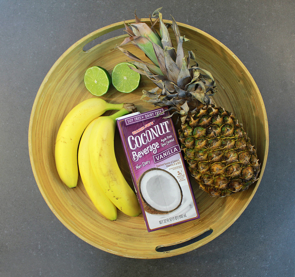 Simply four ingredients in the Vegan Pina Colada Popsicle!