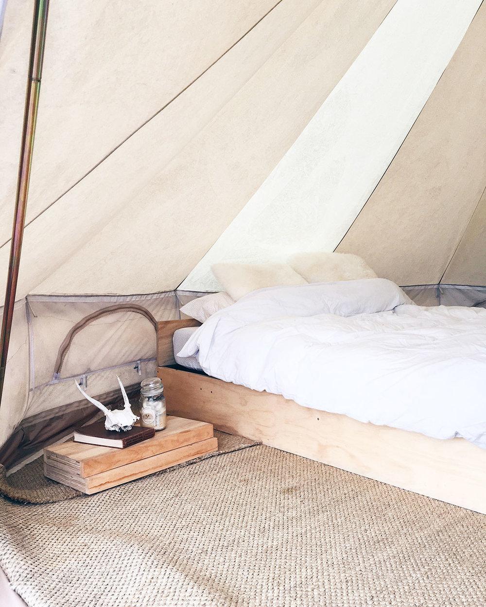 yurt-interior-O.jpg