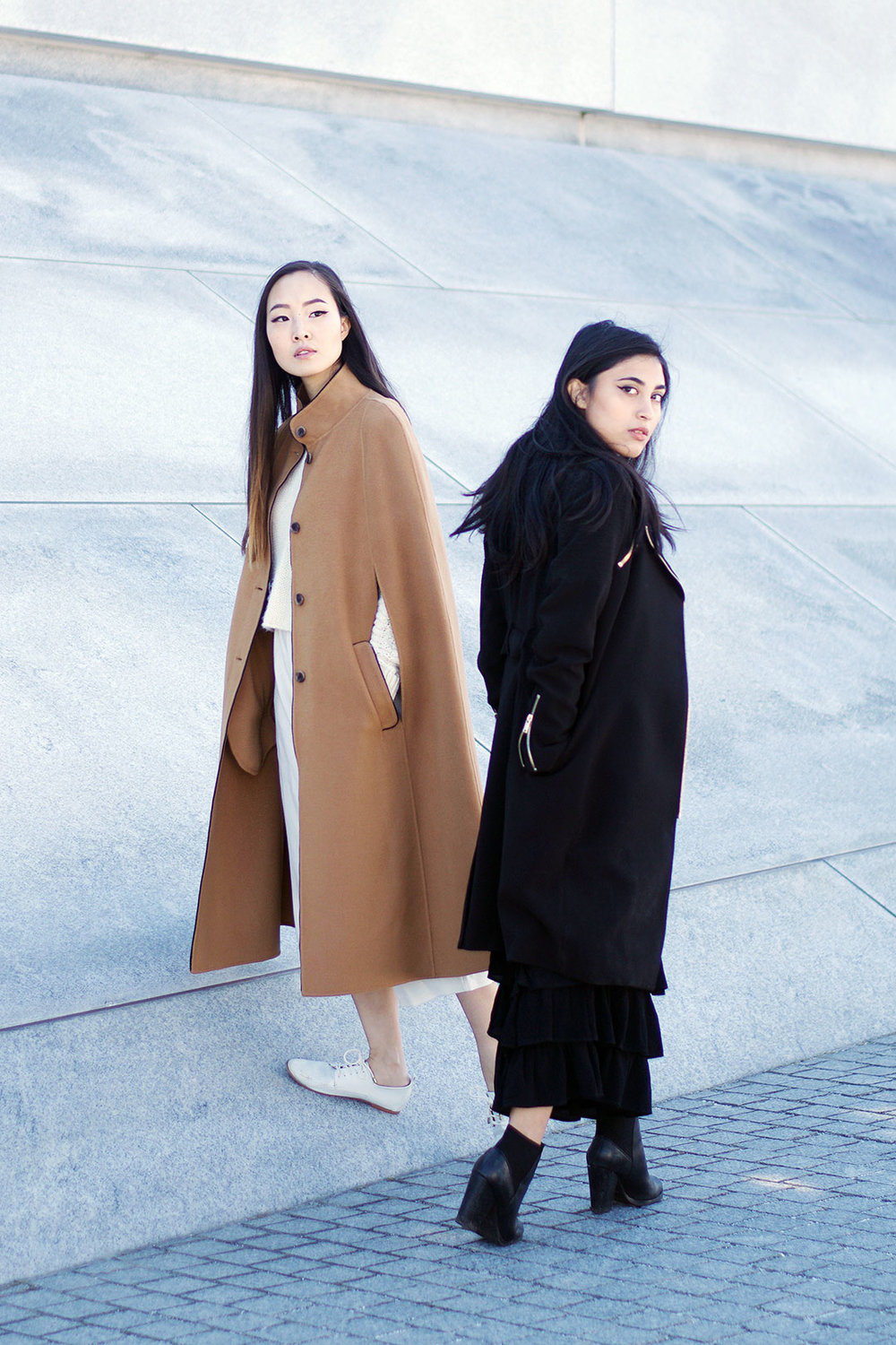 Black And White Minimal Looks For Fall