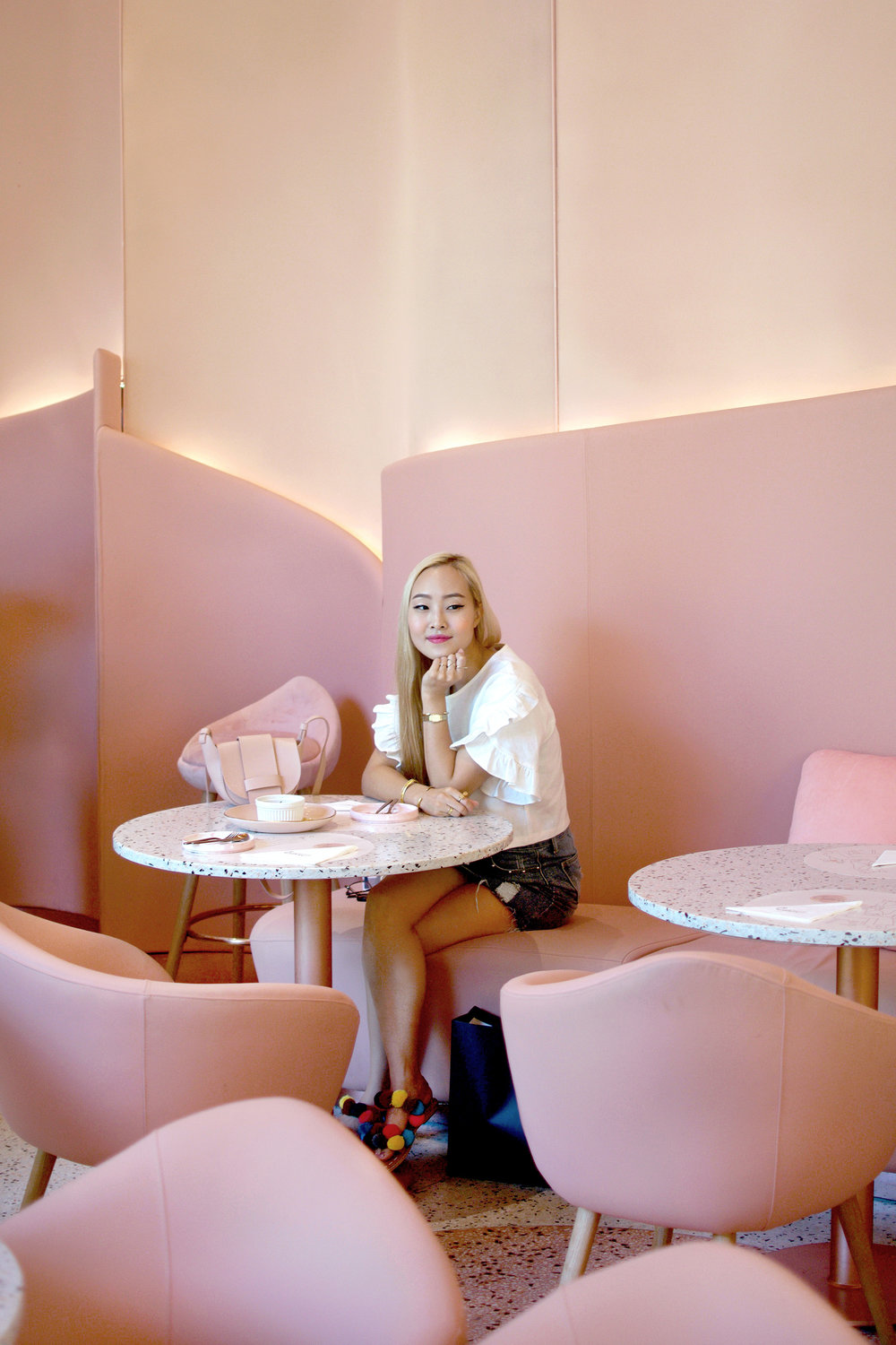 House of Eden   has got to be the prettiest pink cafe in Bangkok, Thailand. This gorgeous pink wonderland is located inside of Groove @ Central World, and features the most luxurious, floor to ceiling pink interior design, and Instagram-worthy food and desserts. Check out more gorgeous views of the interior, delicious desserts, and outfit shots! | #ontheblog | #ootd | #travelThailand | #traveloutfit | #MillennialPink | #Bangkok | #visitThailand | #travelguide | #thingstodo