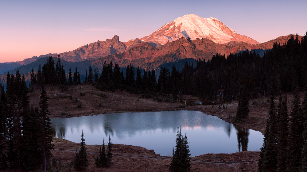 09_2015-Mt-Rainier-Pano-web.jpg