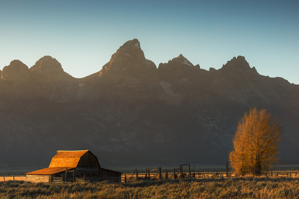 Grand-Teton-Barn-web.jpg