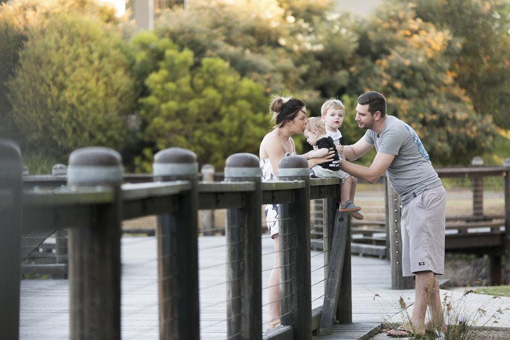 gold coast outdoor family photo sessions ashmore regional gardens benowa gold coast photography