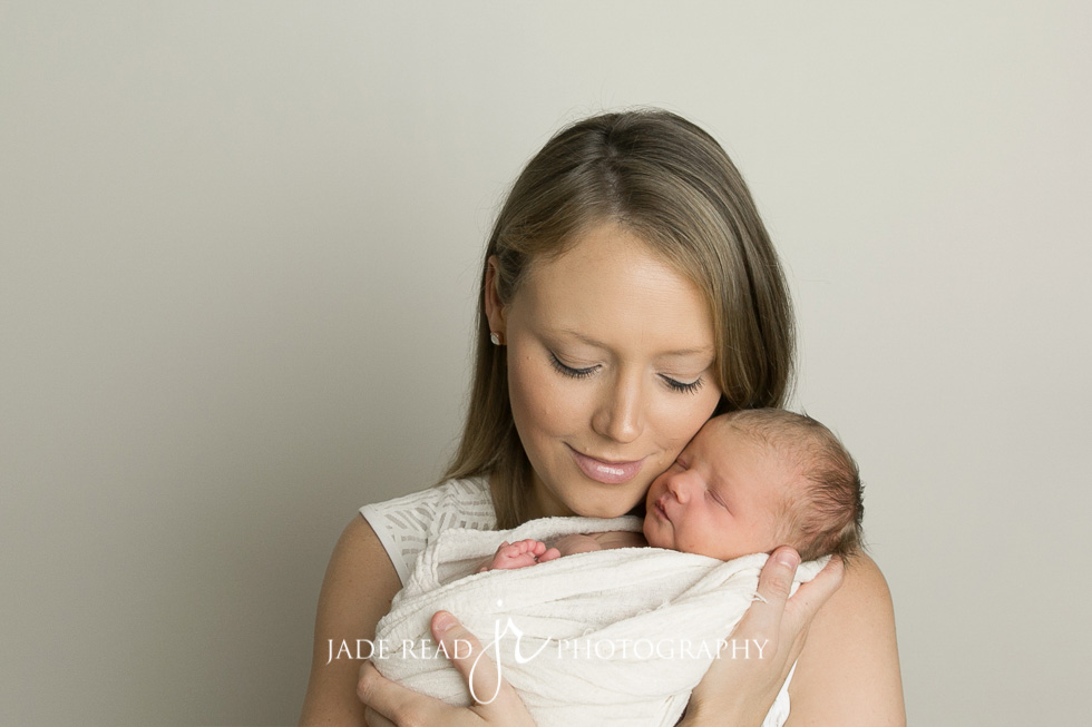gold coast baby newborn photographer jade read photography 5 - 12 days old