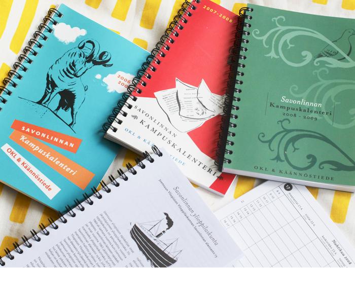 Savonlinnan OKL:n ja kielitieteen opiskelijoiden lukuvuosikalenterit 2006, 2007 ja 2008: ulkoasun suunnittelu, taitto ja kuvitukset.