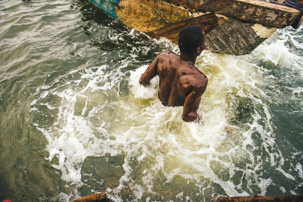 LAGOS 8 - Sandminer 1: In the Water.jpg