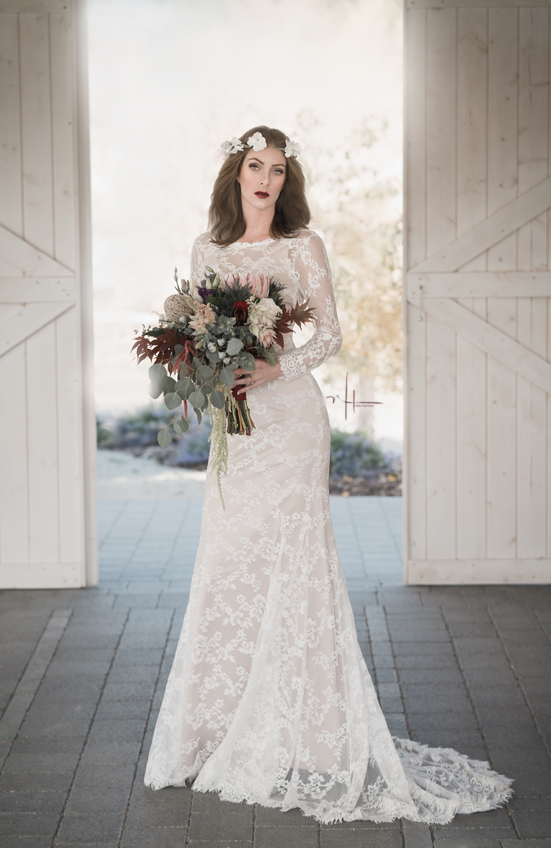 Florals by the incredible Maltabella Designs  - Gown by Lillian Wilde
