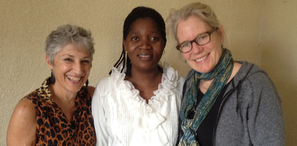 (l-r) ACT for Congo Executive Director Judy Anderson, HOLD-DRC Program Manager Modestine Etoy, and Seattle University Professor Serena Cosgrove.