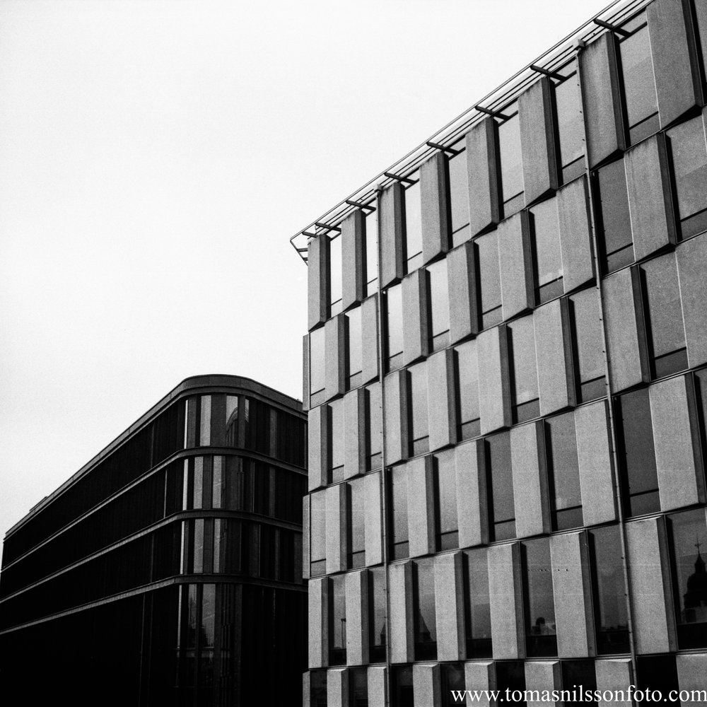 Day 13 - January 13: Modern Architecture