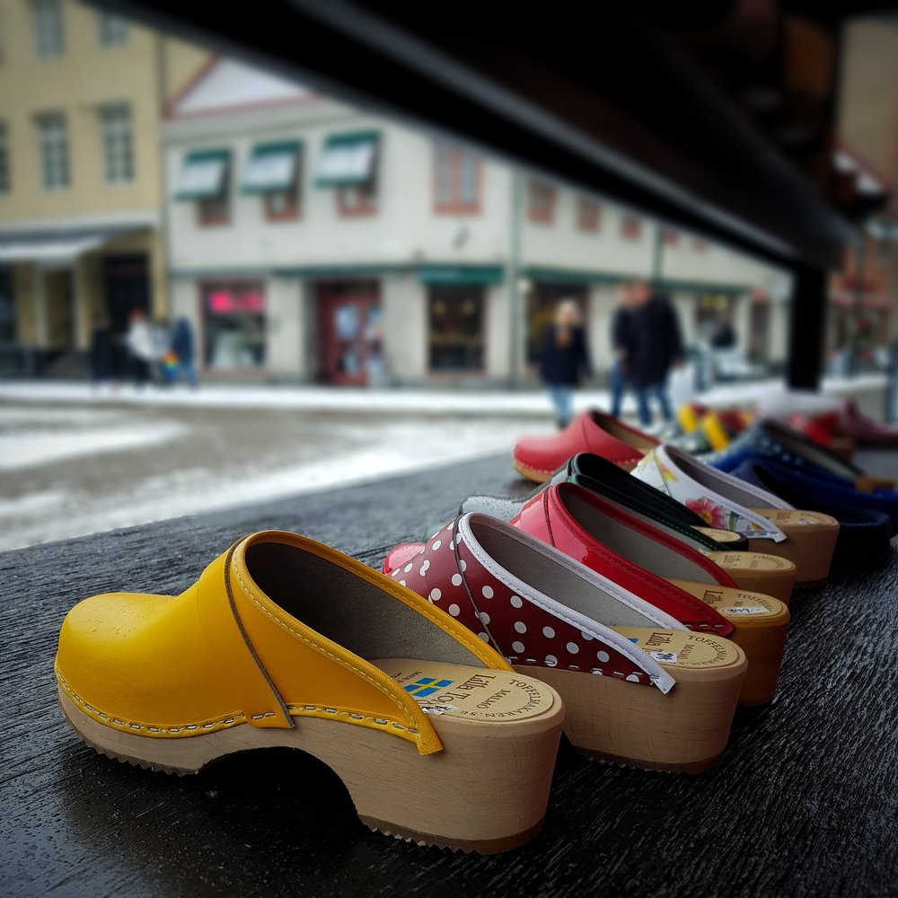 Day 26 - January 26: Clogs