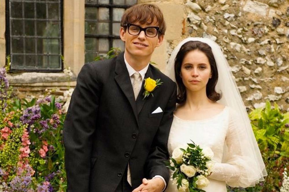 Eddie Redmayne and Felicity Jones as Stephen and Jane Hawking in, The Theory of Everything