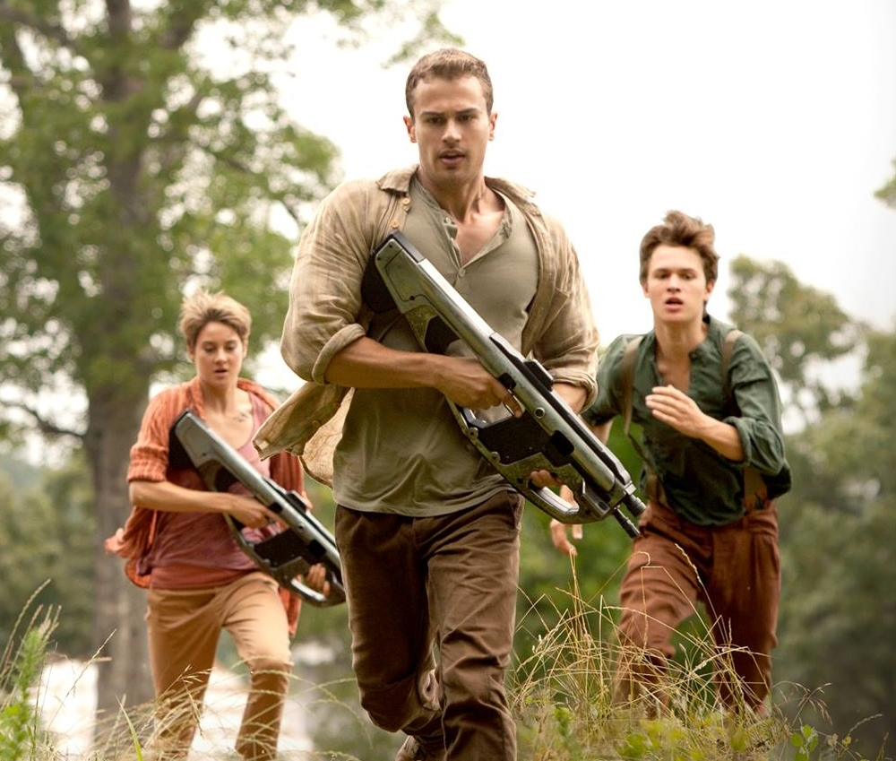 Shailene Woddley, Theo James and Ansel Elgort are back in, Insurgent
