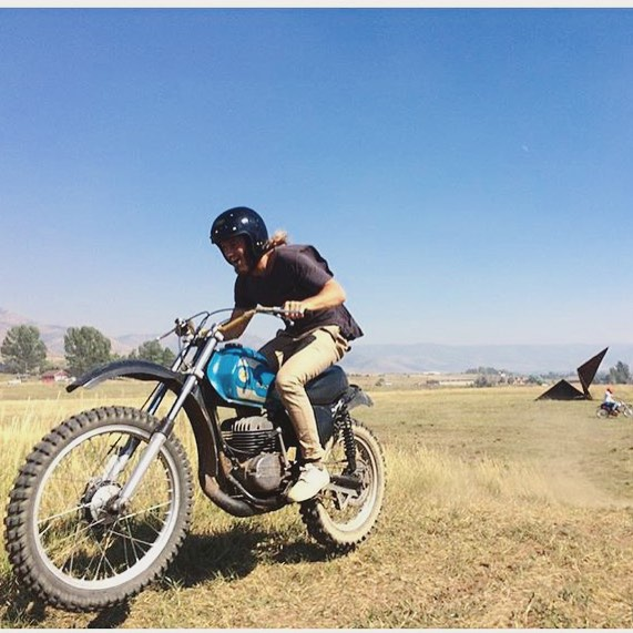 Had the best time riding dirt bikes with the @hideoutridersclub yesterday! Thanks @samontwowheels for the photo and sharing your bikes!! @mrgrahamhill @seancarasso @griffinloop #dirtbikes #bultaco #mountains #giantmetalpaperairplane #motorally